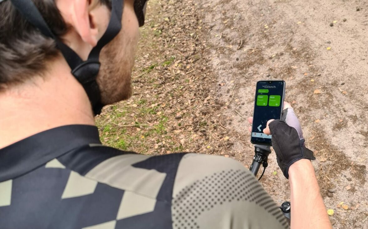 Manage tyre pressure via your bike computer or our gravaa app